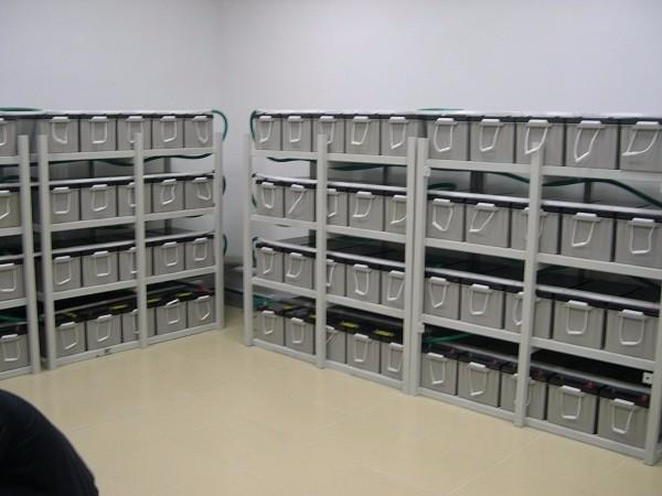 北京306医院机房科恒达12V200AH电池四组